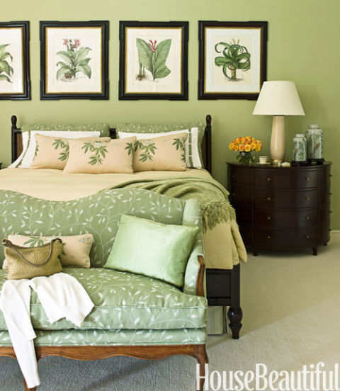 traditional green bedroom - Green Bedroom Design