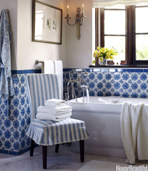 Innovative 36 Blue And White Bathroom Tile Ideas And Pictures