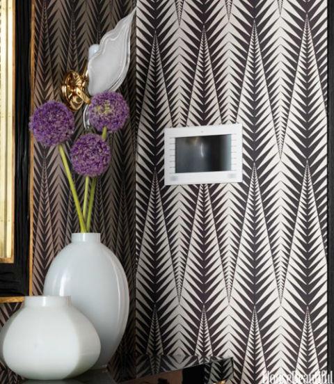 Unique wall treatments 2013 designer visions apartment - Cool wall treatments ...