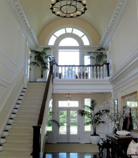 Two Story Foyer Or Not : Decorating problems solved design dilemmas