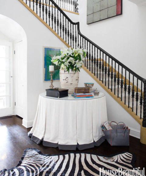 Elegant entryways for Elegant foyer decor
