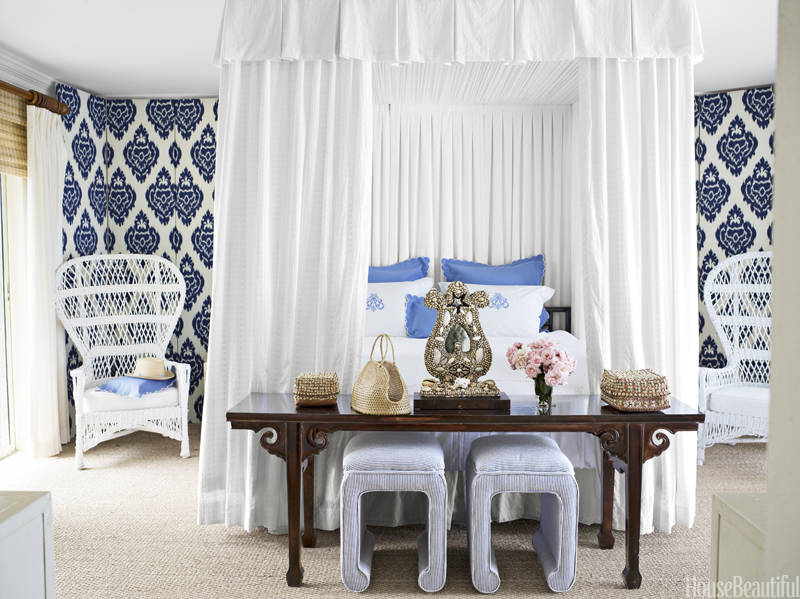 interior design amanda lindroth - Blue And White Bedroom Designs