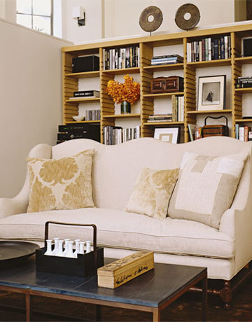 White Sofa And Bookcase In Ina Gartenu0027s Living Room. Part 52