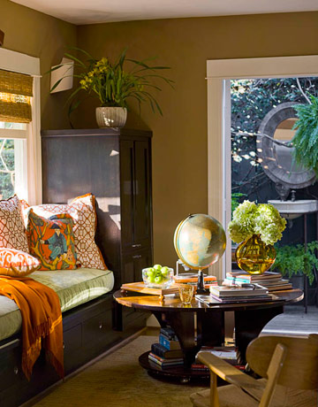 Decorating small spaces designer advice - Design ideas for small living room spaces gallery ...