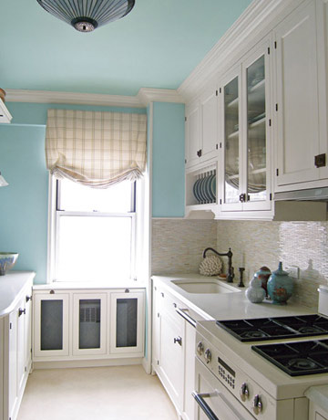 How to choose a color for kitchen walls for Blue kitchen paint colors
