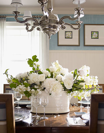 70 beautiful spring flowers pretty pictures of spring - Flowers for dining room table ...