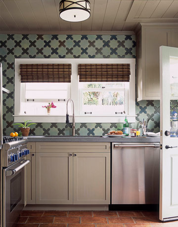kitchen. How to Decorate a Bungalow   Decorating Small Spaces