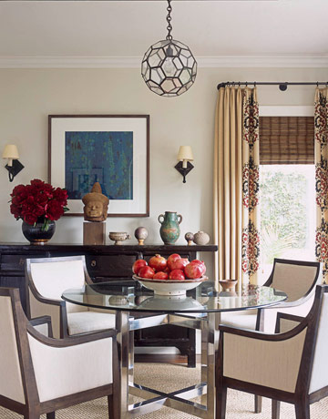 An Eclectic Dining Room. How to Decorate a Bungalow   Decorating Small Spaces