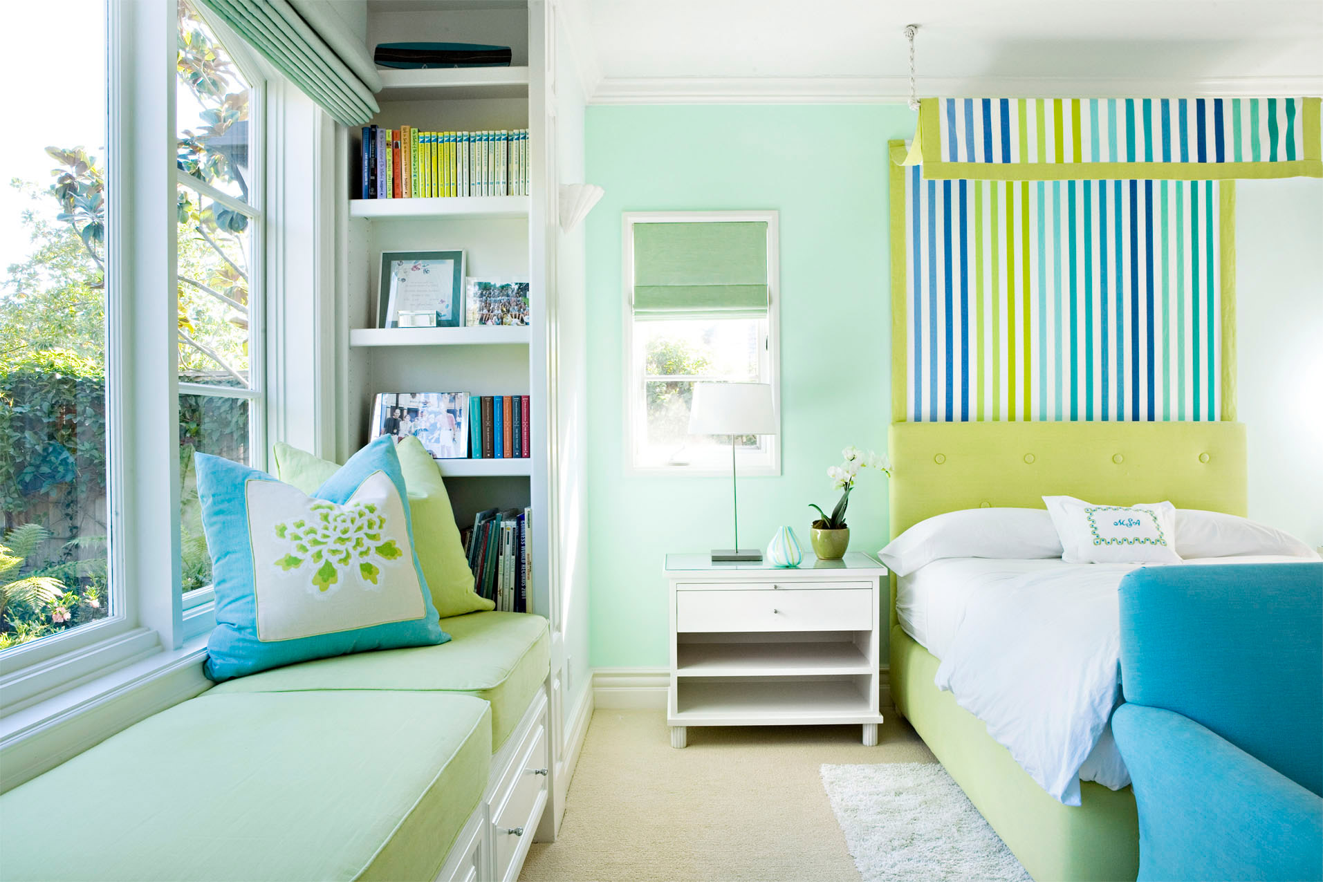 Paint Colors For Small Bedrooms: Paint Color Ideas For Bedrooms