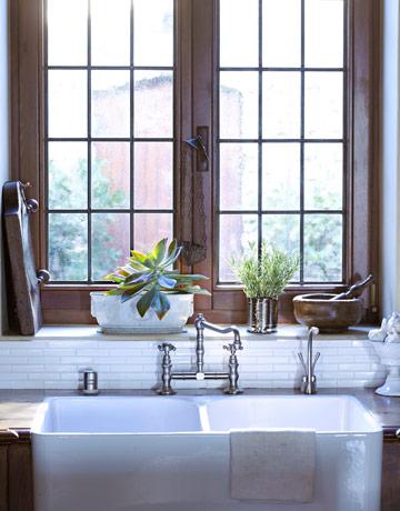 Bathroom Window Sill Ideas casual home decor - casual decorating style