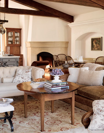 Beautiful Neutral Living Room Idea