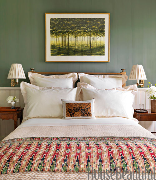 Green bedrooms green paint bedroom ideas for Bedroom paint ideas green
