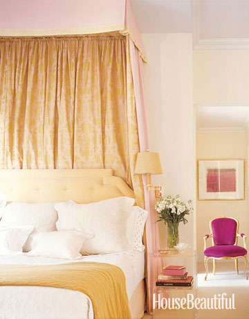 yellow rooms decorating with yellow. Black Bedroom Furniture Sets. Home Design Ideas