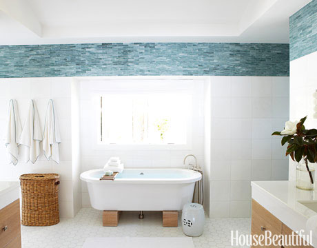 White Bathrooms - Decorating Ideas For White Bathrooms