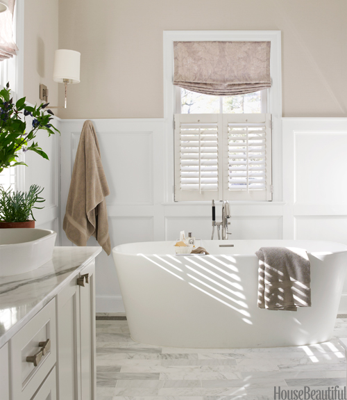 Gray bathroom by erin paige pitts neutral bathroom decor for Neutral bathroom ideas