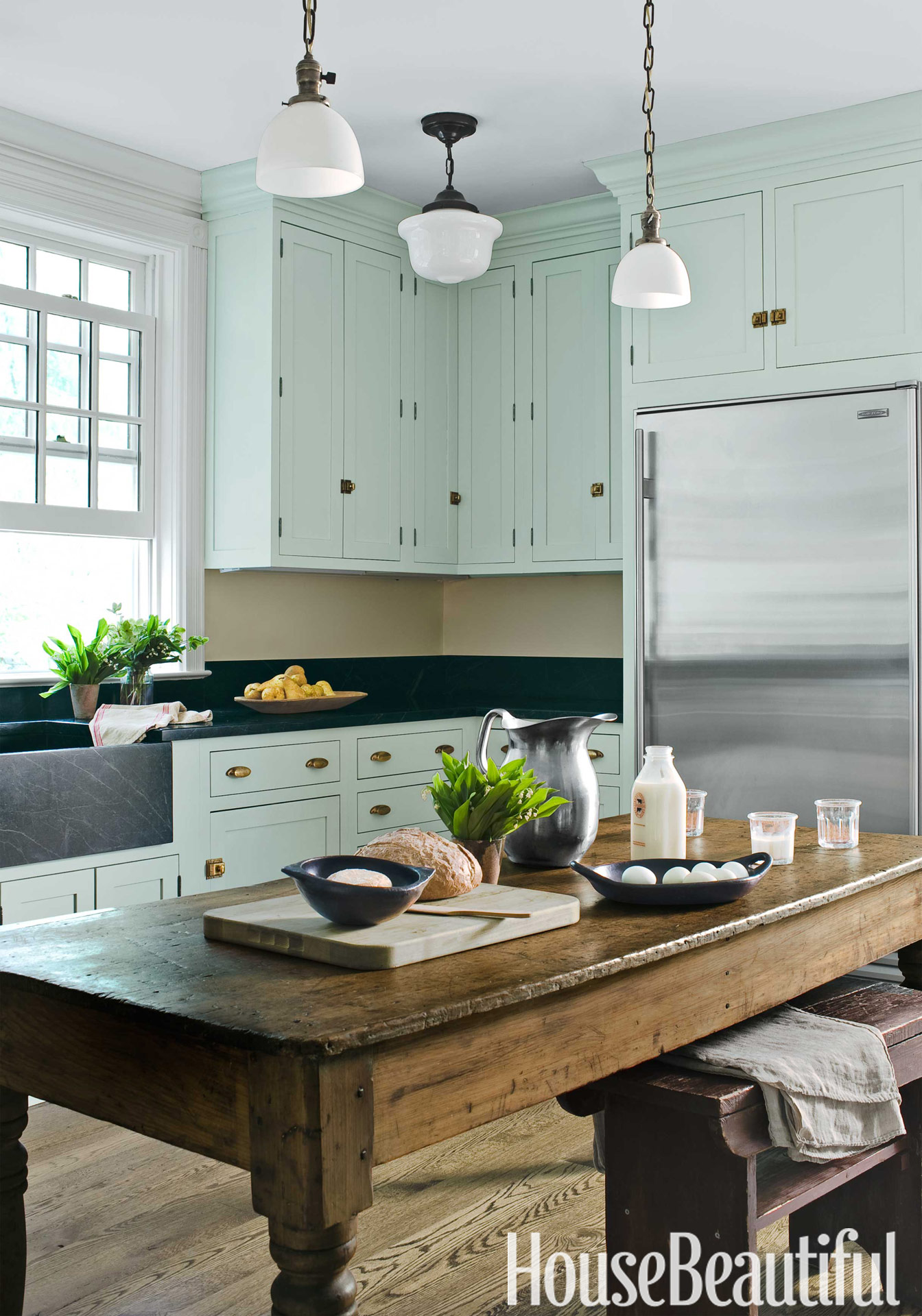 Farmhouse kitchen design old fashioned kitchen - Farmhouse style kitchen cabinets ...