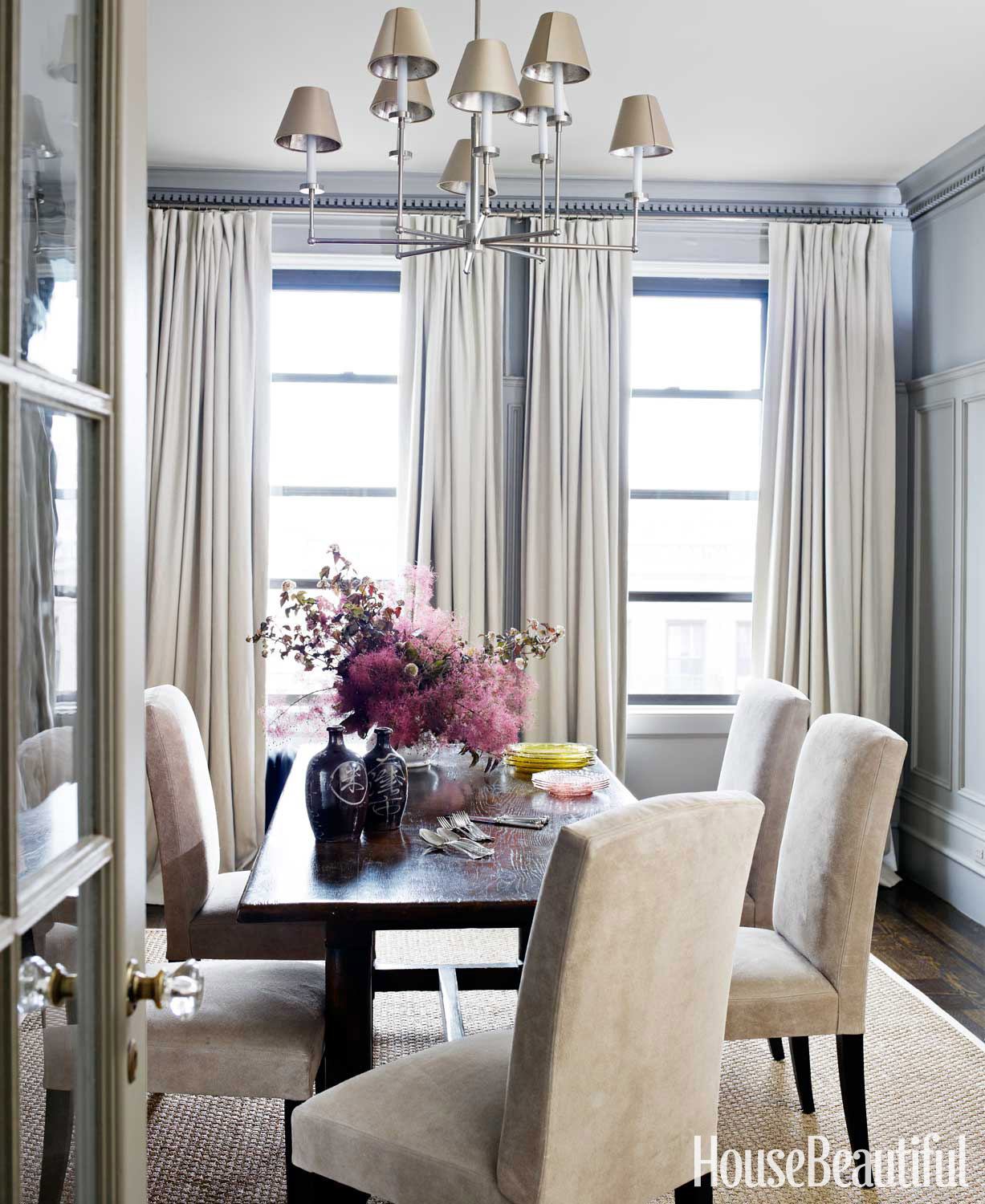 Relaxed dining room house beautiful pinterest favorite for Homes with beautiful dining rooms