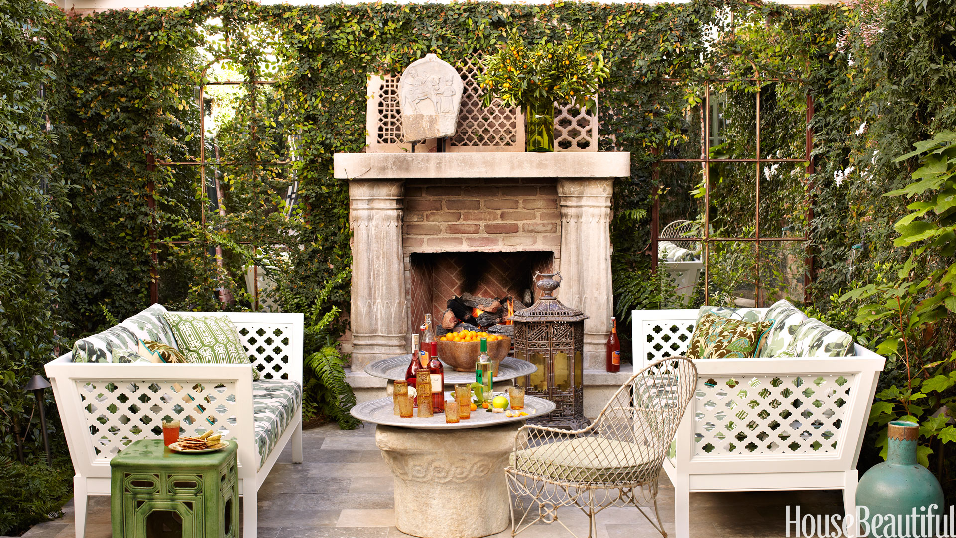 10 outdoor decorating ideas outdoor home decor - Outdoor design ideas for small outdoor space photos ...
