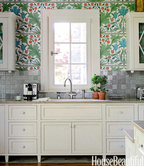 William morris wallpaper kitchen stephen sills kitchen for Silver kitchen wallpaper