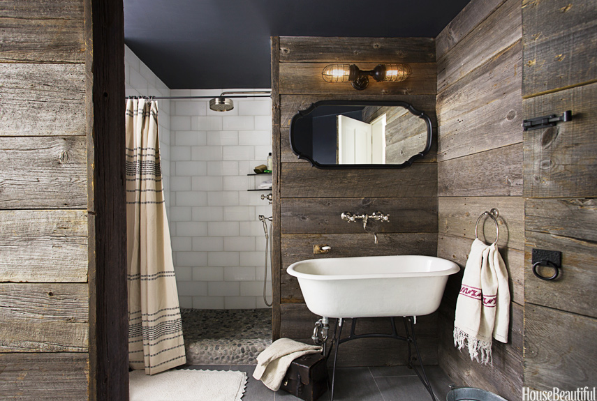 Rustic country bathroom decor barn wood bathroom for Cabin shower tile ideas