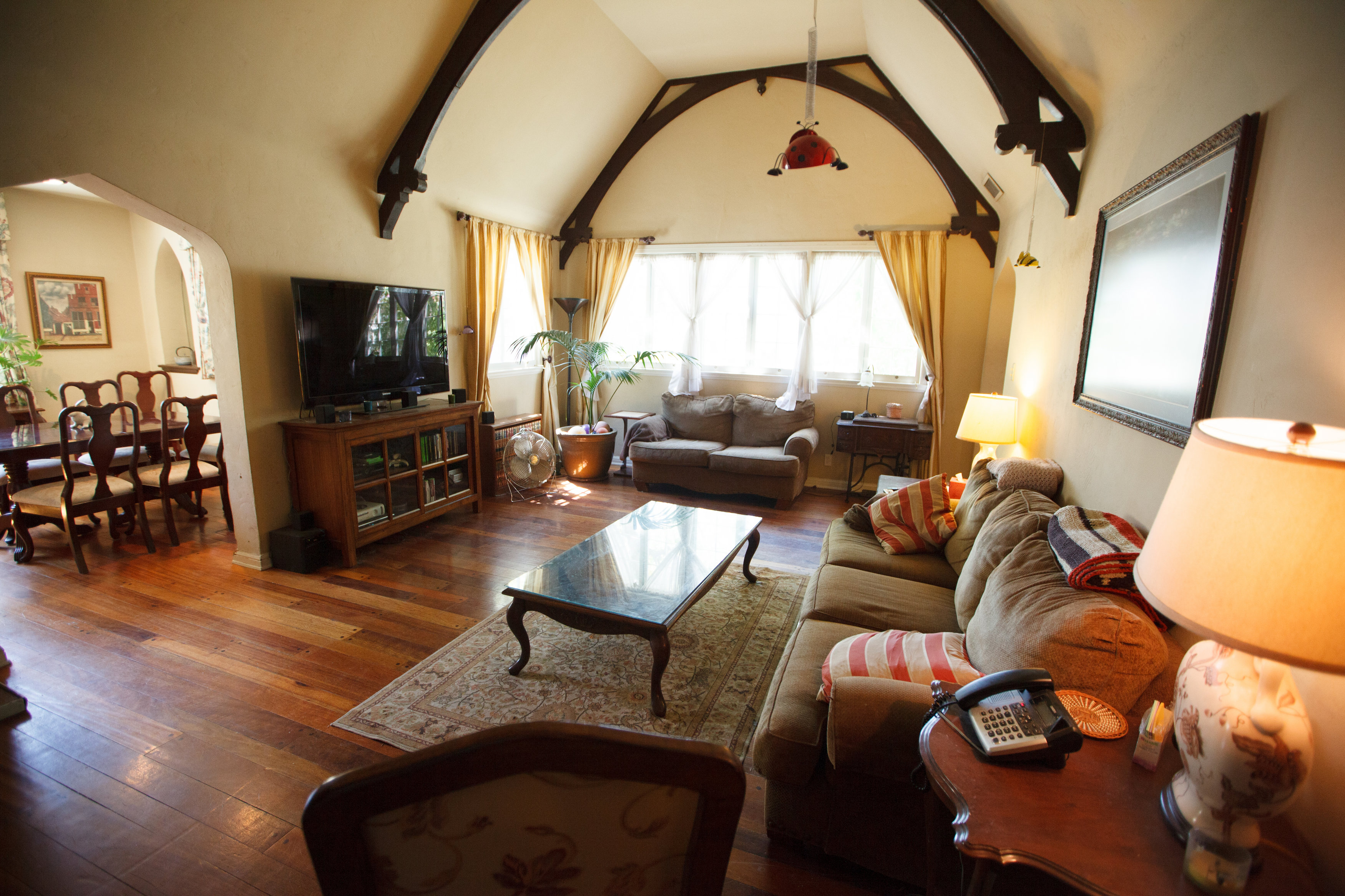 54c1311f9a66b_-_ep-101---andrew-s-living-room-before Nate Berkus Home Designs on target home designs, star home designs, nate berkus room designs, jeff lewis home designs, ivory home designs, simple home designs, small spaces nate berkus designs, disney home designs, martha stewart home designs,
