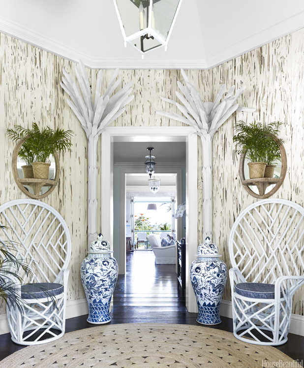 Beach house decor beachy decorating style for How to decorate a beach house