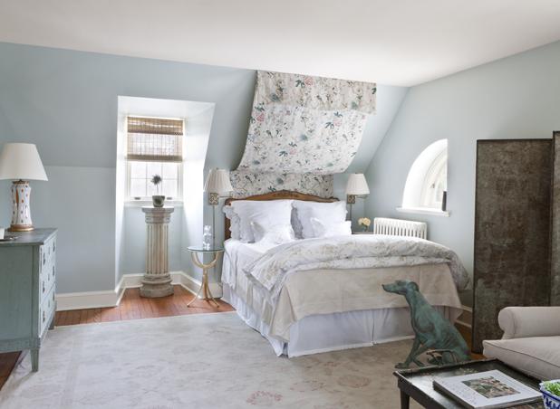 Weird Shaped Beds slanted bedroom walls decor - bedroom before after