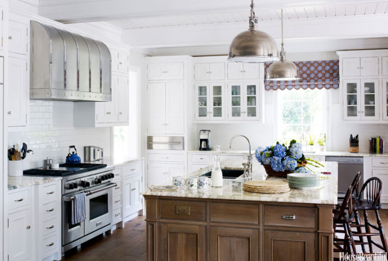 Soothing paint colors house beautiful pinterest favorite for Nantucket style kitchen