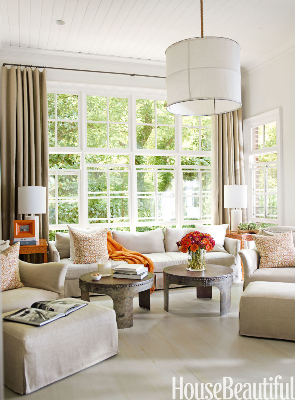 Living Room Decor Orange decorating with orange accents - orange home decor