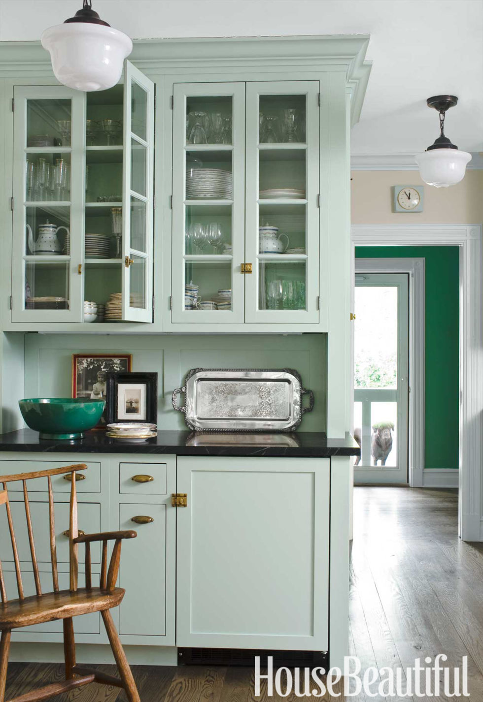 farmhouse kitchen design - old fashioned kitchen