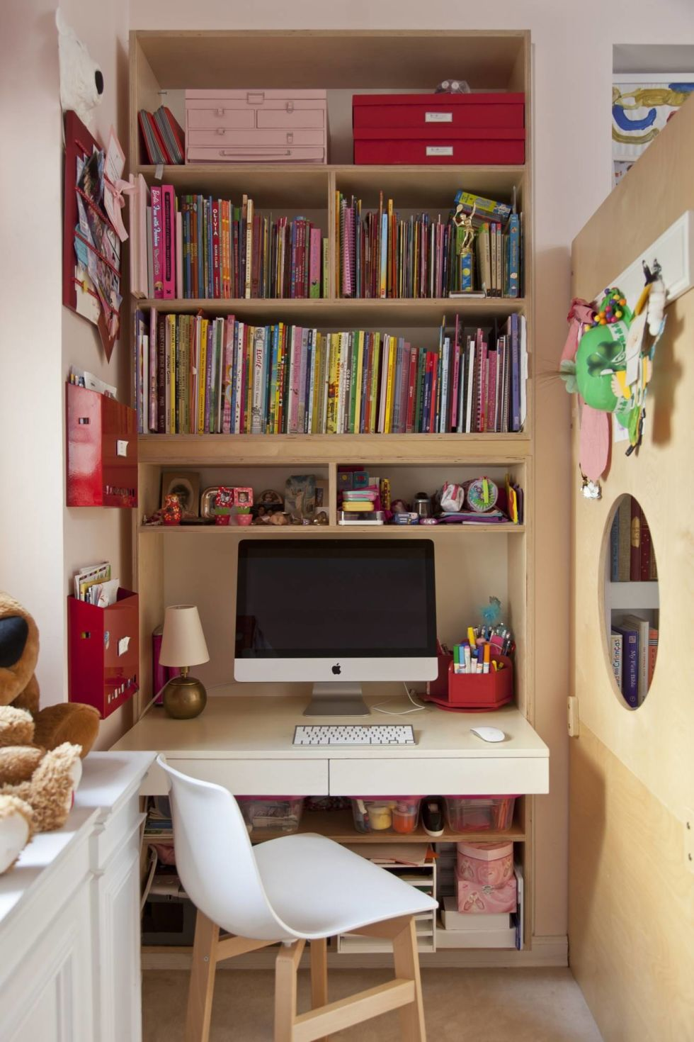Wondrous How To Set Up Homework Station Make A Homework Station Largest Home Design Picture Inspirations Pitcheantrous