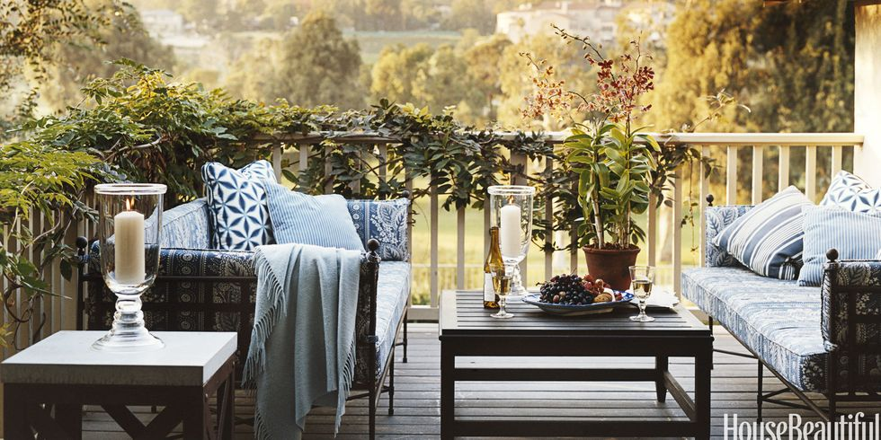 20 fall outdoor decorating ideas - best autumn decor for outdoor rooms