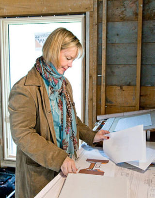 home makeover annie selke decorates a ranch house home