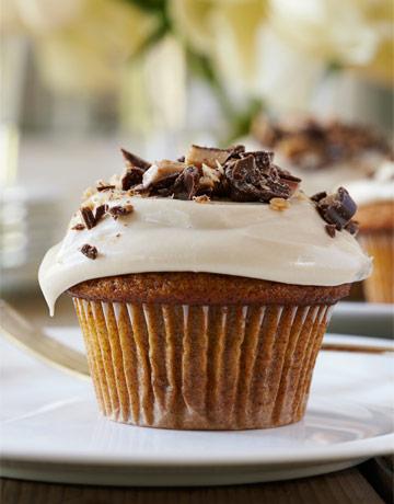 Ina garten 39 s pumpkin cupcakes with maple frosting Ina garten pumpkin cupcakes