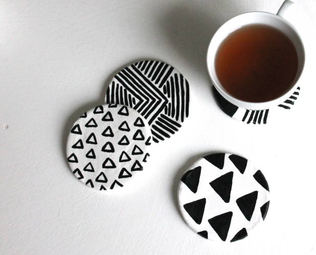 Good 14 DIY Coasters To Cheer Up Your Coffee Table