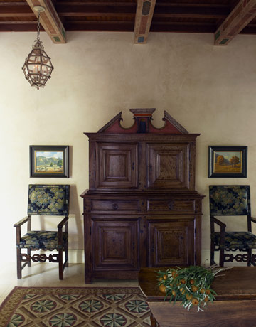 Rustic decorating ideas mediterranean style homes for Tuscan decorations for home