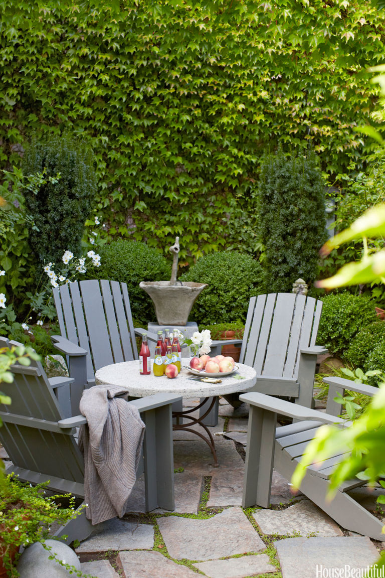 small patio ideas - decorating small outdoor spaces