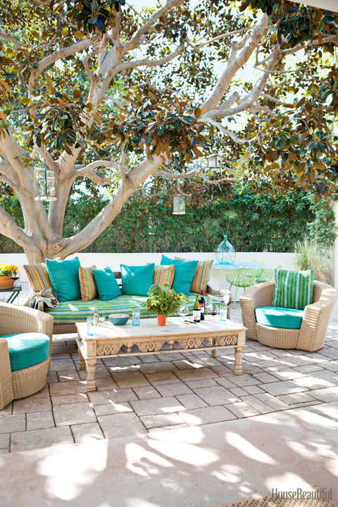 Colorful outdoor rooms   colorful patio decorating ideas