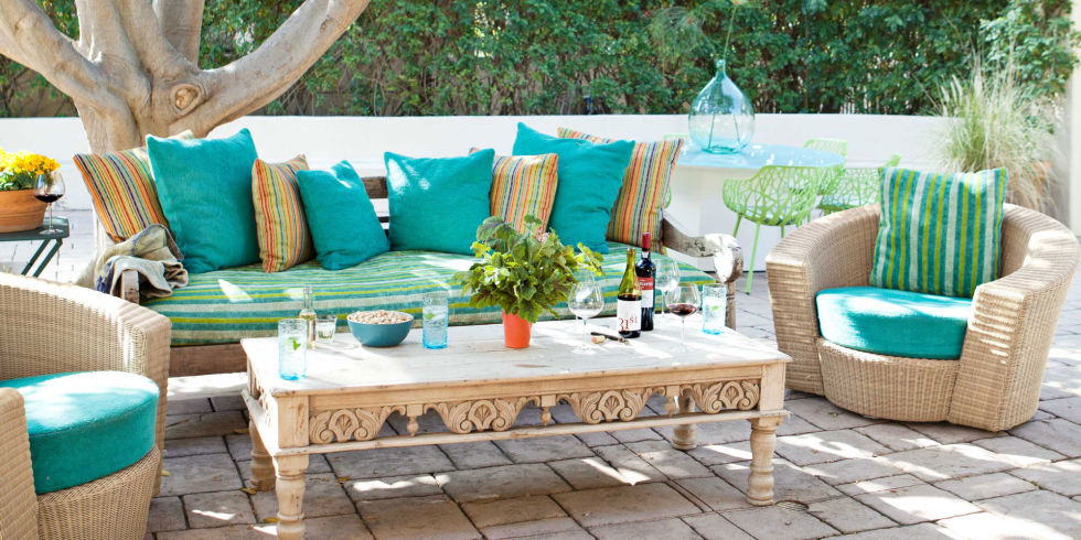 outdoor decor ideas outdoor decor ideas Houzz's most popular: 10 vintage outdoor decor ideas landscape 54bf8e391d7ea outdoor vintage sofa and coffee table nickey kehoe 0313 s2