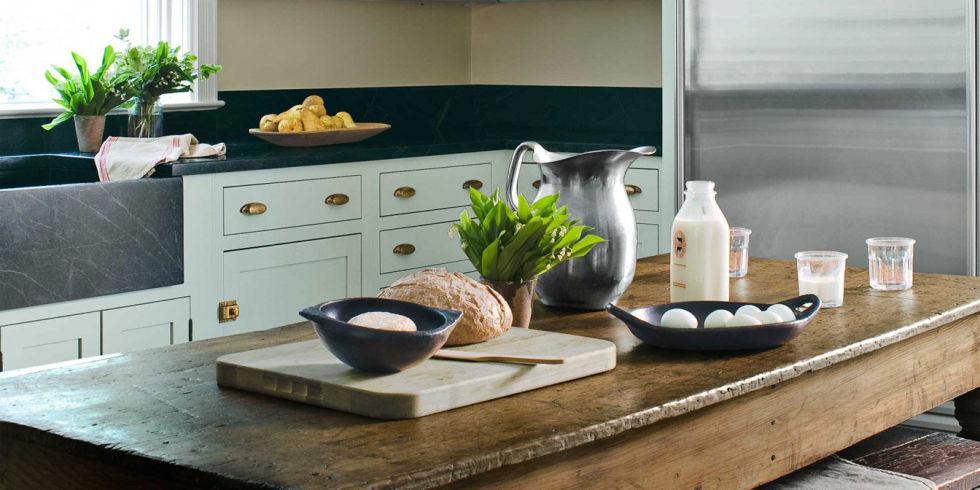 farmhouse kitchen design - old fashioned kitchen