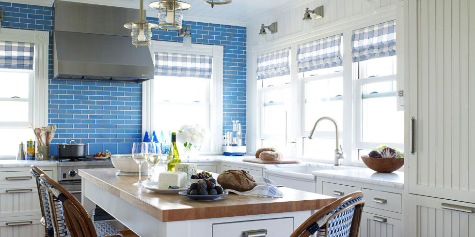 blue kitchen - Cool Kitchen Backsplash Ideas