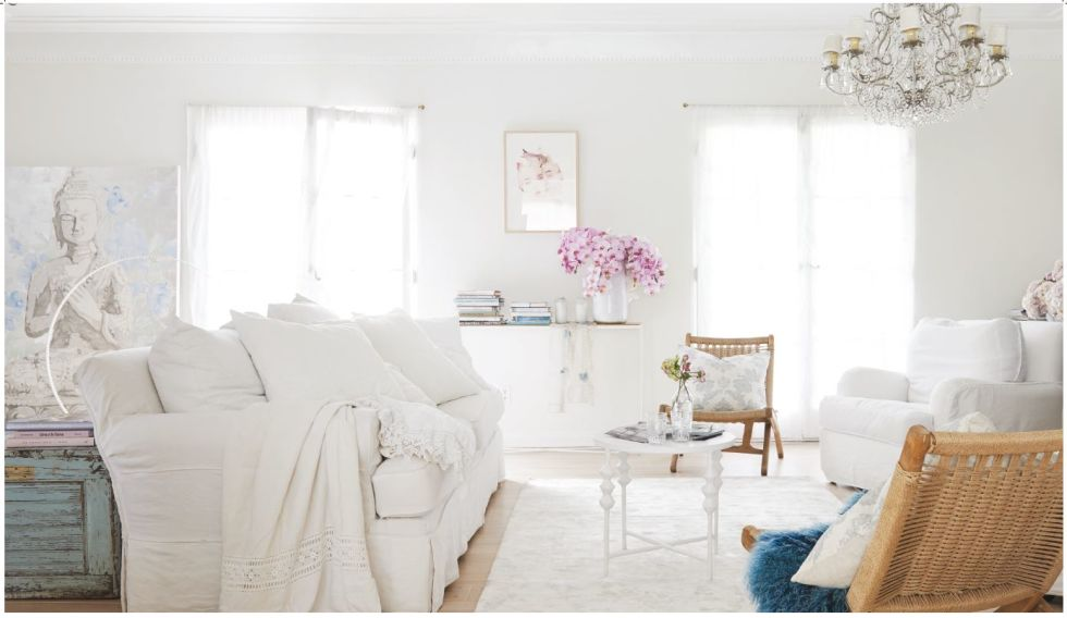 A Living Room Designed By Rachel Ashwell Of Shabby Chic