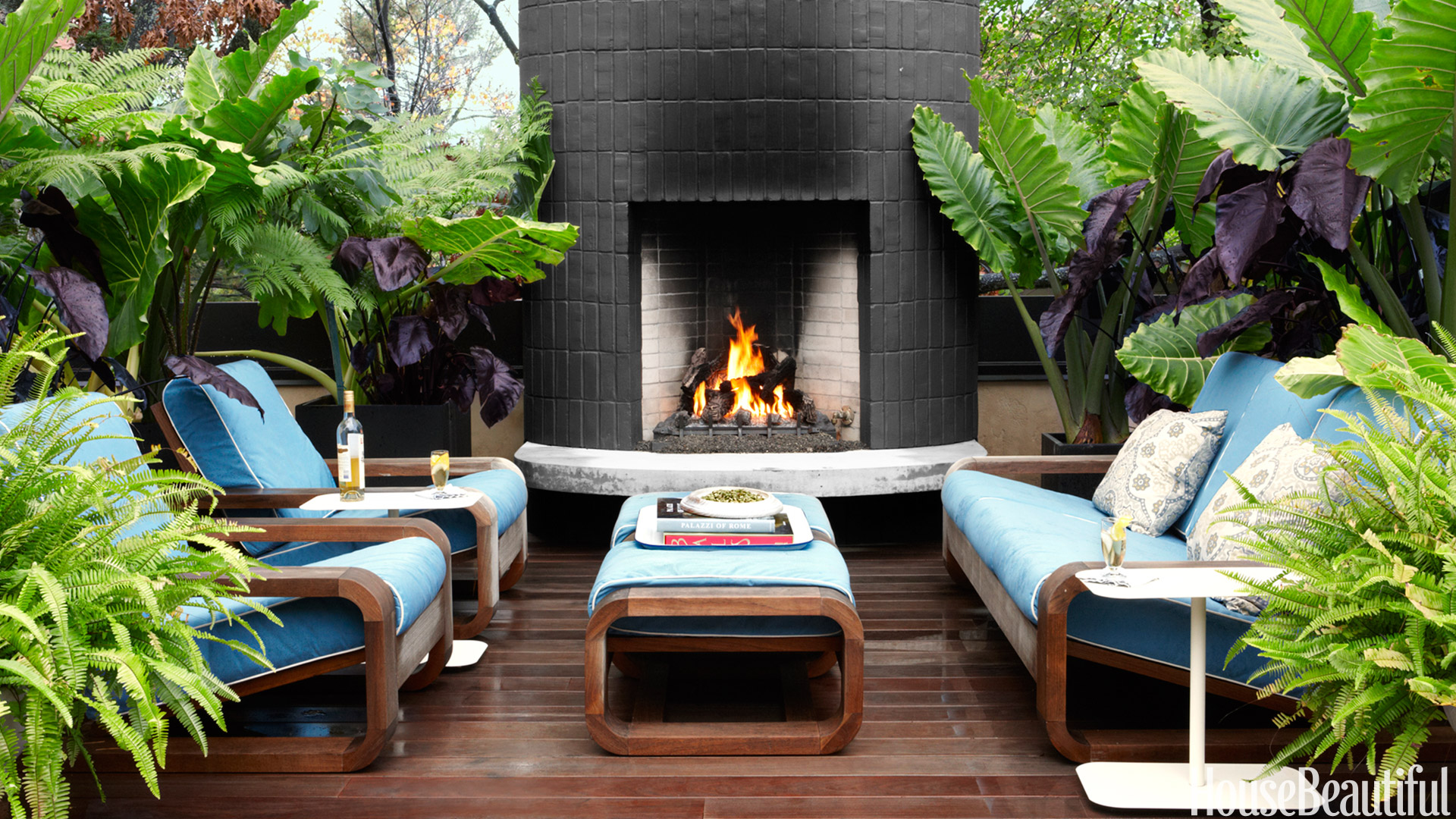 20 Outdoor Fireplaces That Will Keep You Warm All Night ... on Small Outdoor Fireplace Ideas id=22595